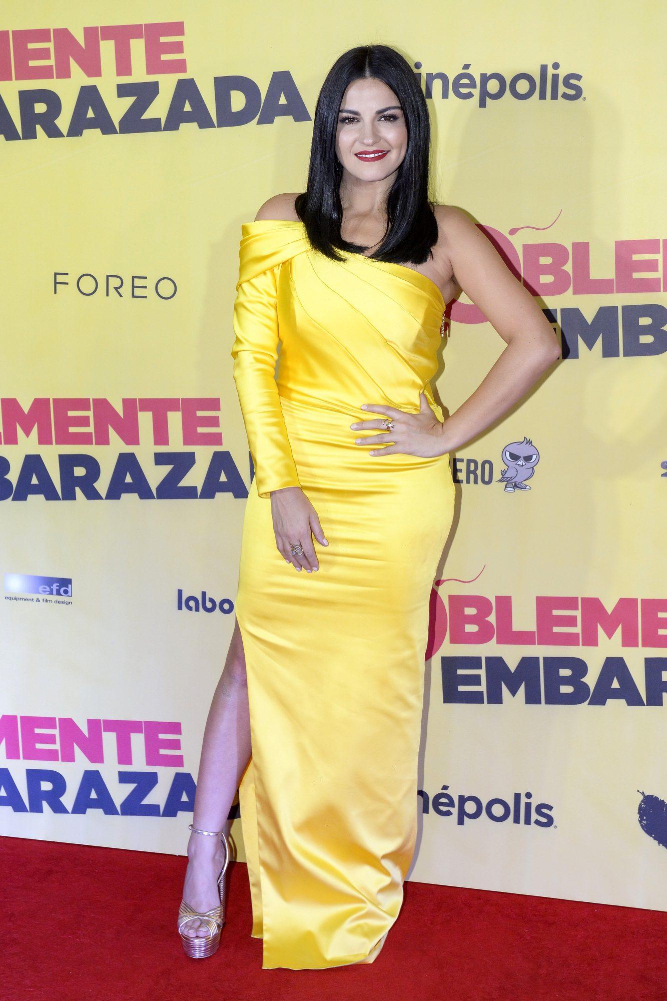 Maite Perroni, looks, pelicula, premier, doblemente embarazada