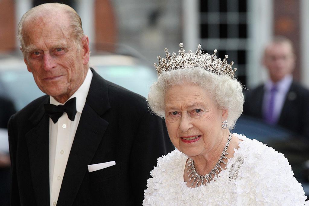 Reina Isabel príncipe Carlos