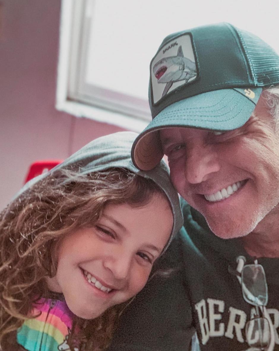 Alexis Ayala con su hija