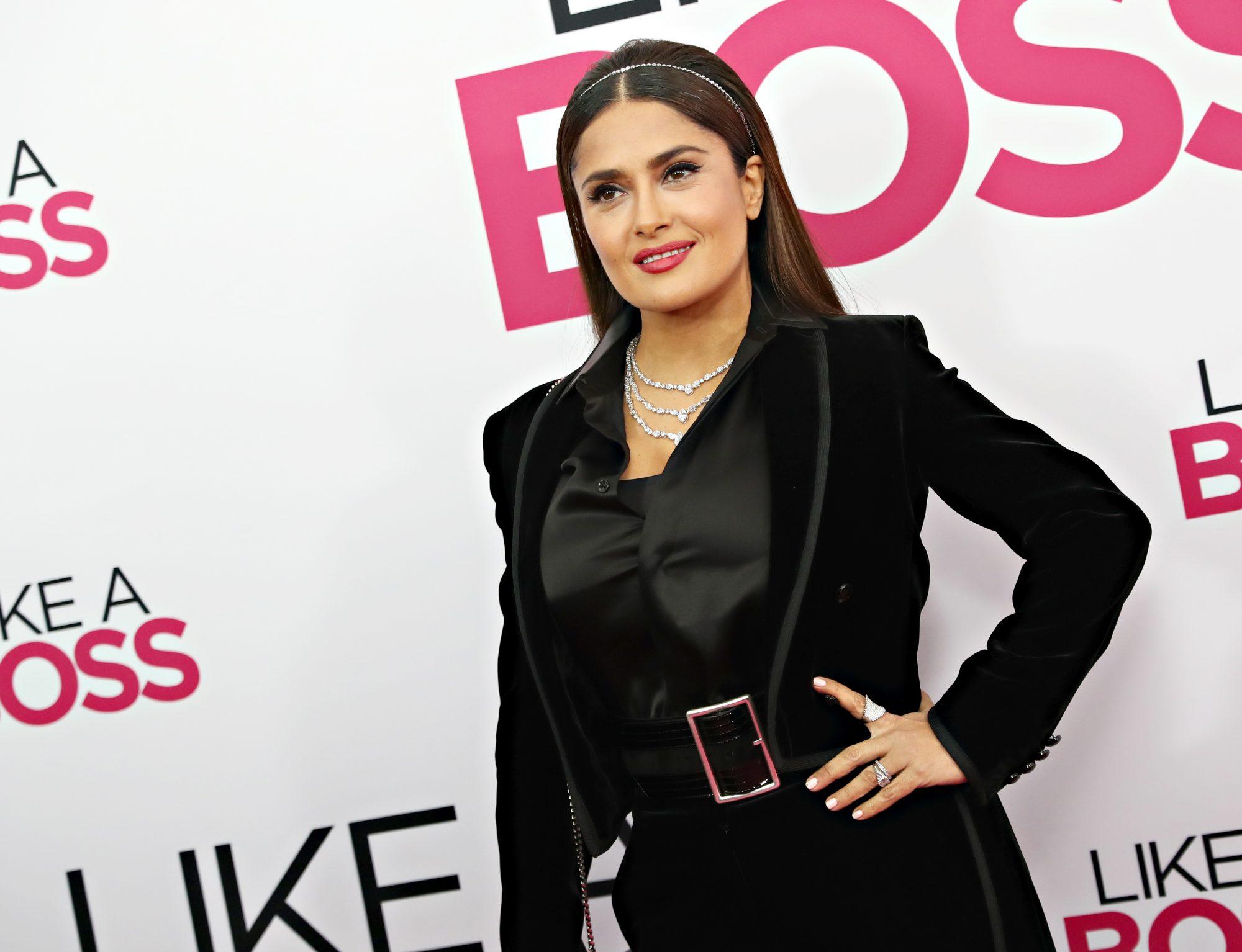 Salma Hayek de negro en la presentación de Like a Boss