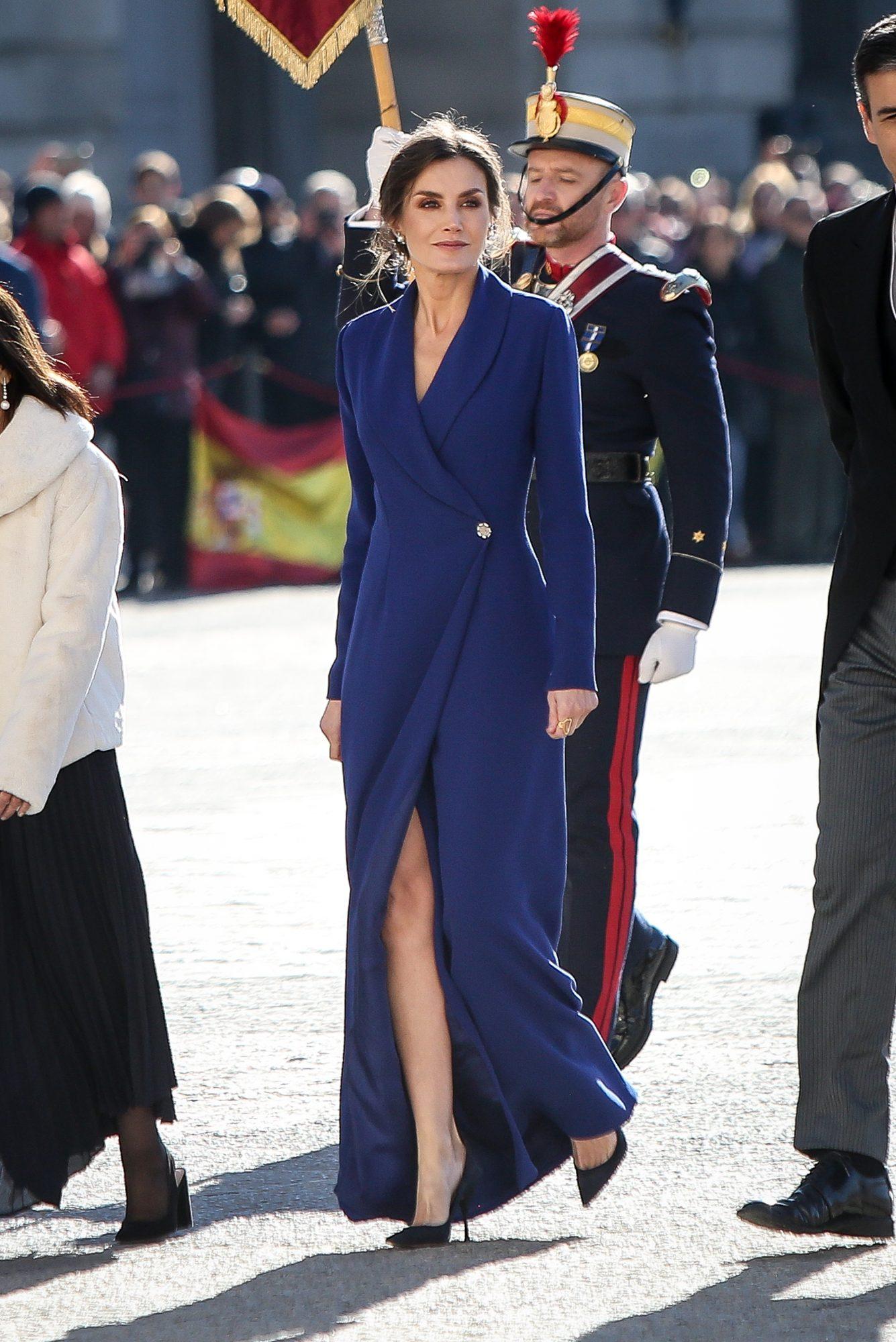 Reina Letizia, estilo, vestido azul, pascua militar