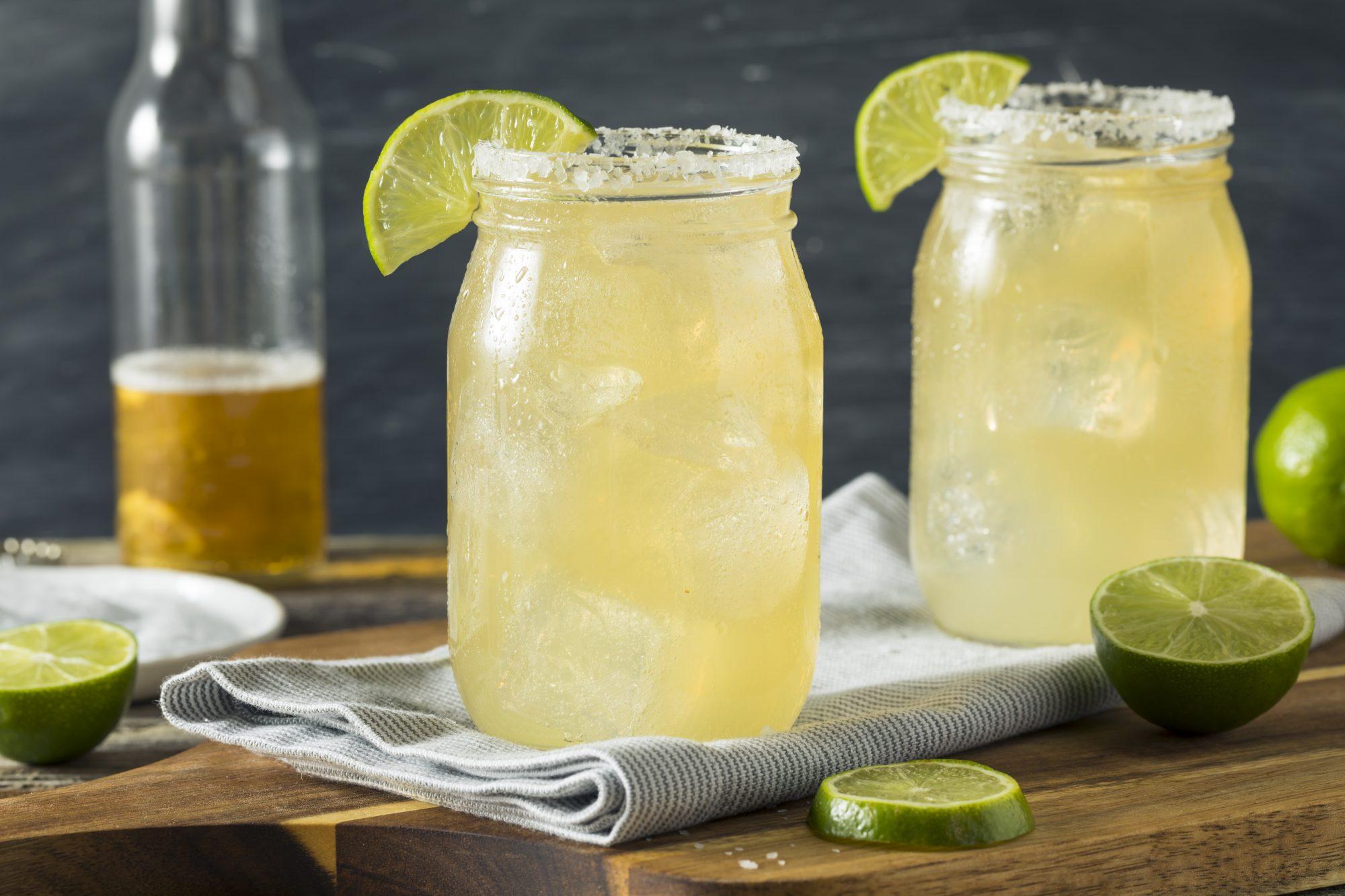 Cerveza con limón y sal