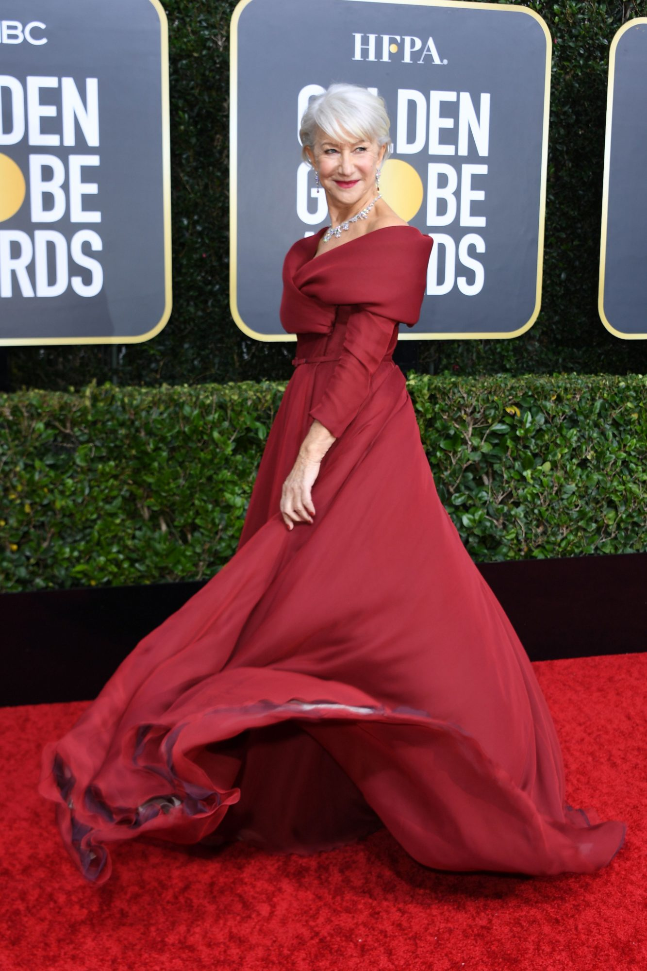 Helen Mirren Alfombra Roja Golden Globes 2020