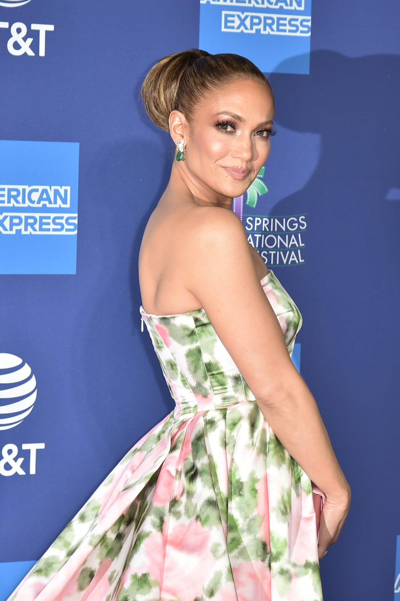 Jennifer Lopez, look,