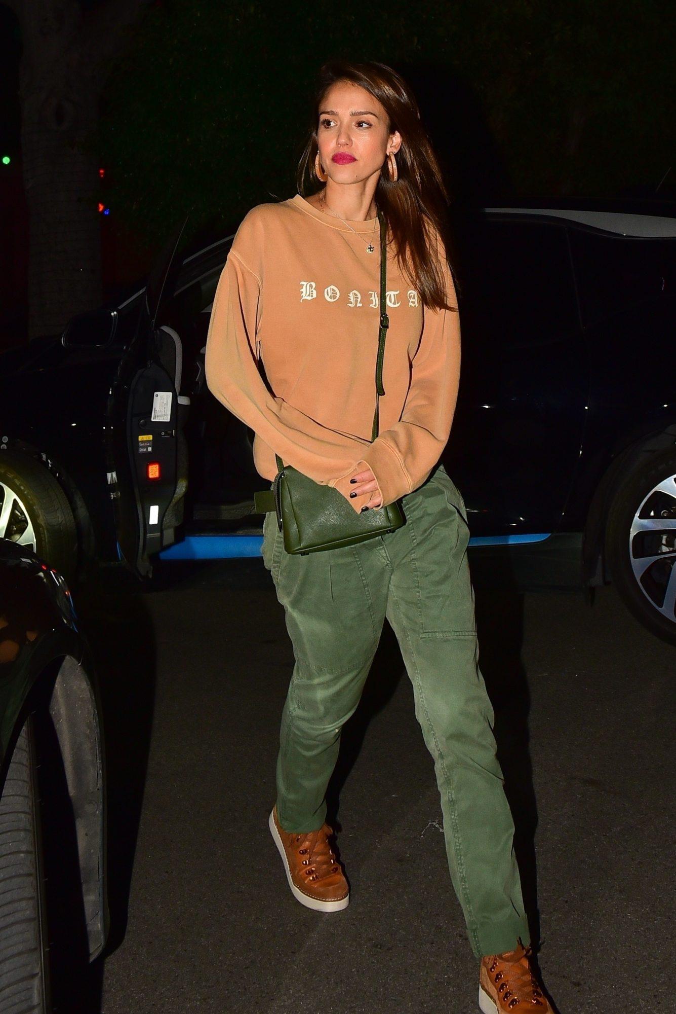 Jessica Alba, looks, Streetstyle