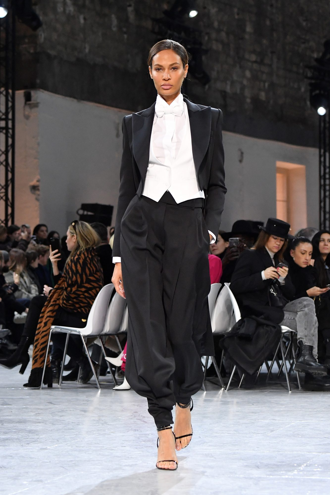 Alexandre Vauthier : Runway - Paris Fashion Week - Haute Couture Spring/Summer 2020
