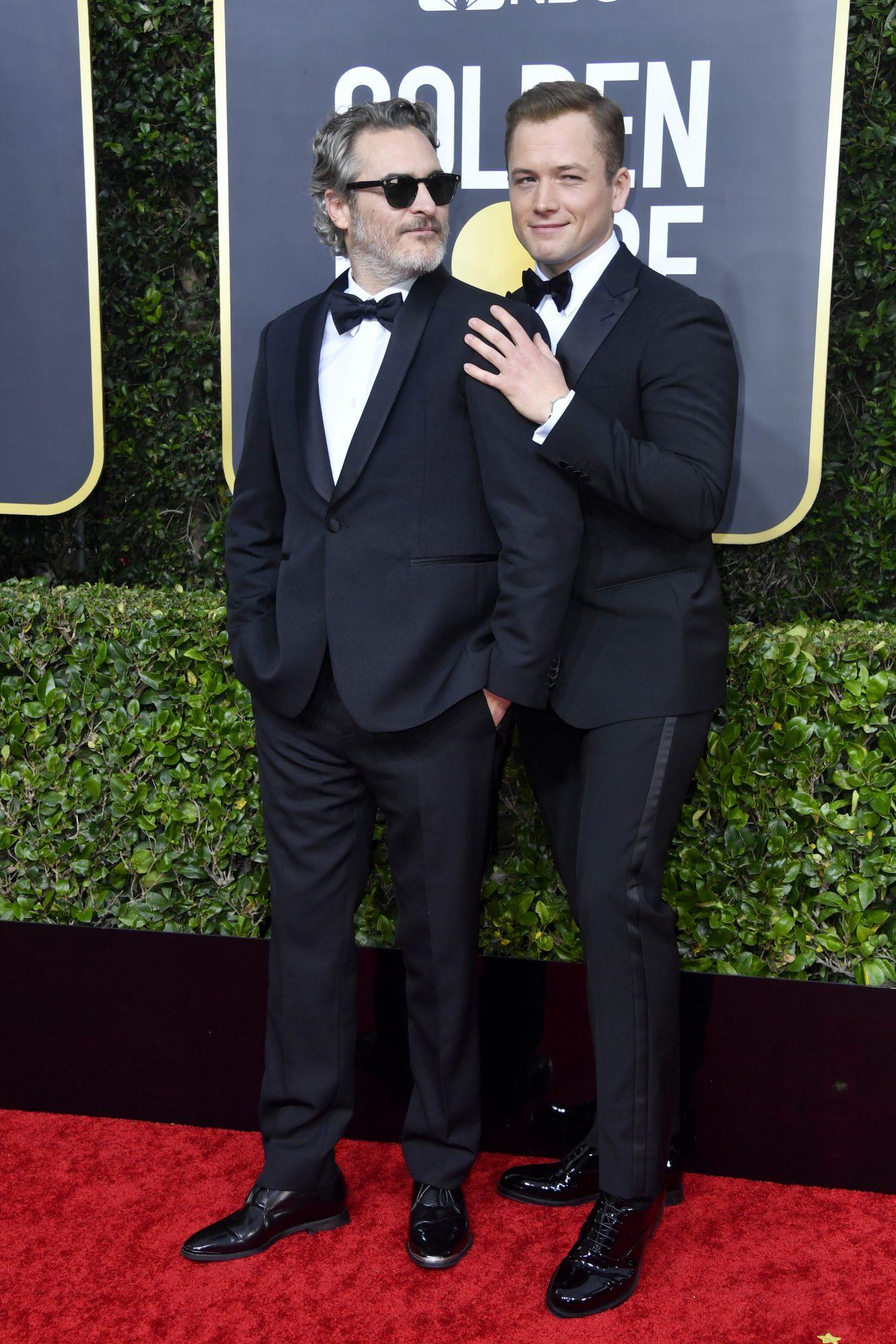 Joaquin Phoenix y Taron Egerton Alfombra Roja Golden Globes 2020