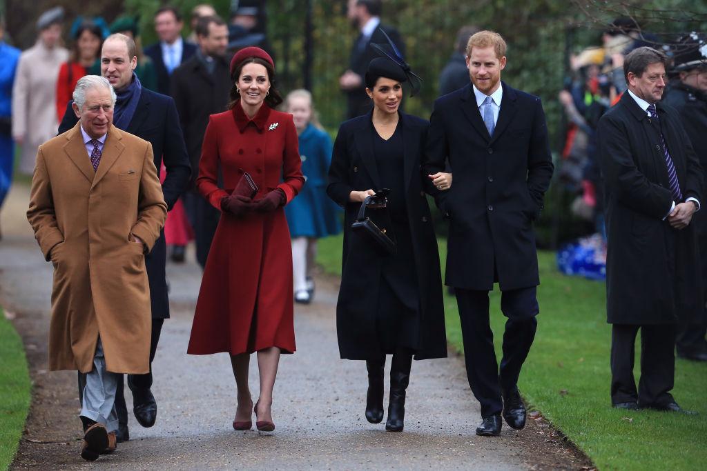 kate Middleton príncipe William príncipe Carlos Meghan Markle príncipe Harry