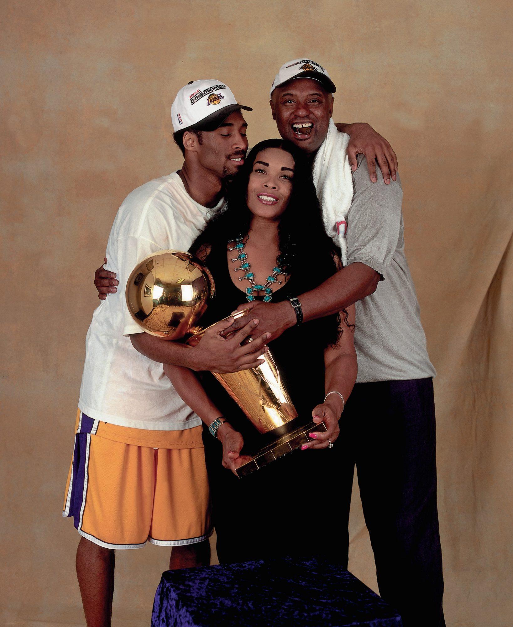 Kobe Bryant y sus padres