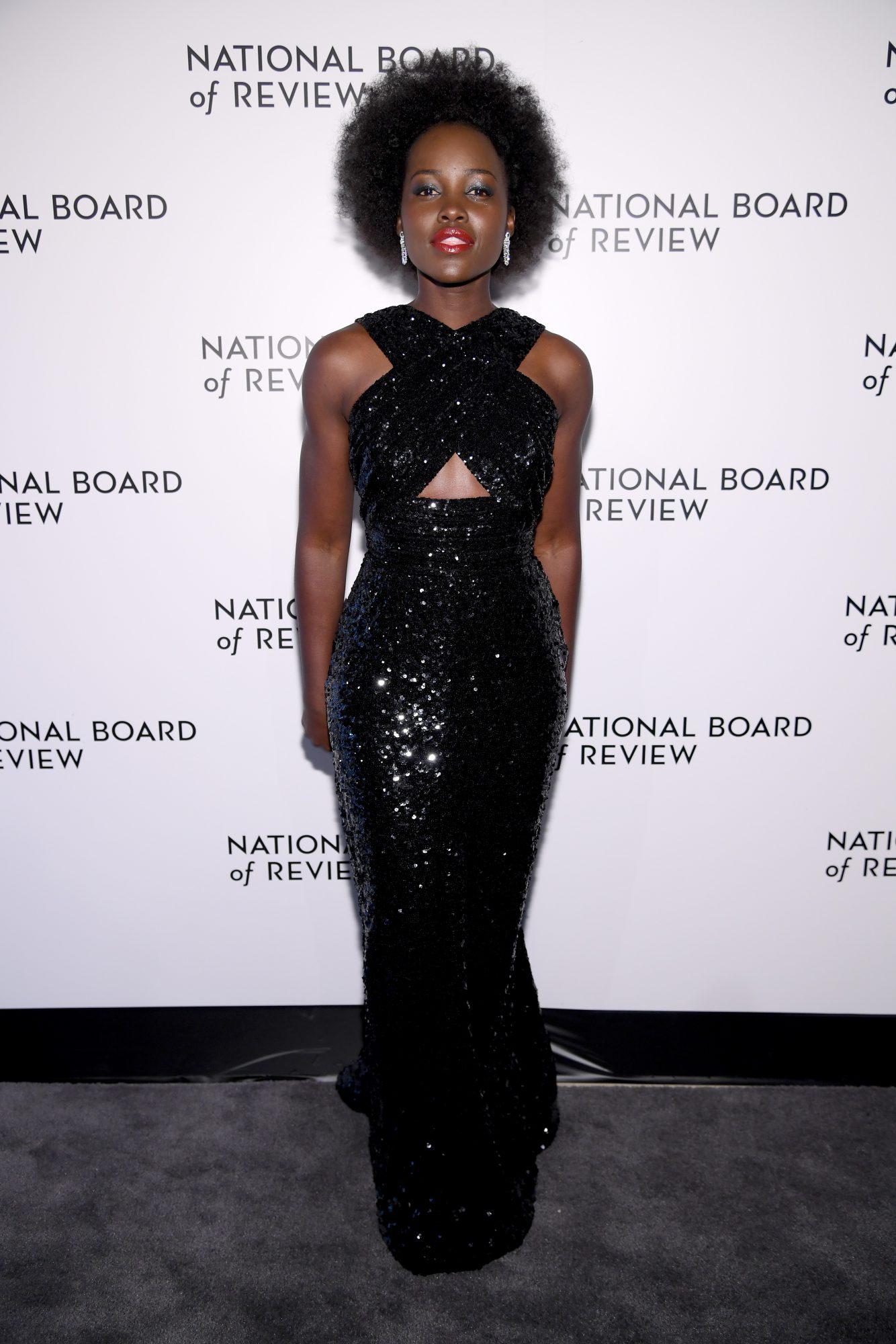 Lupita Nyongo, looks