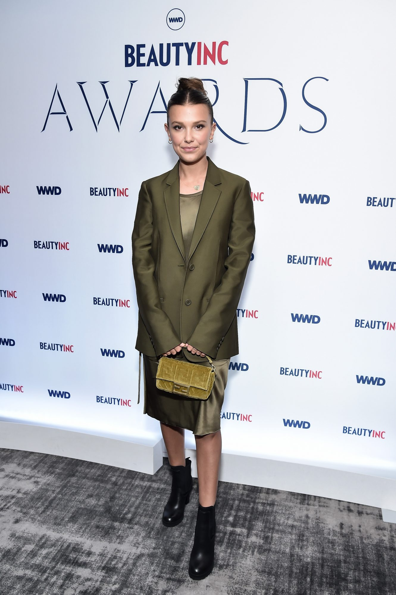 Millie Bobby Brown, looks