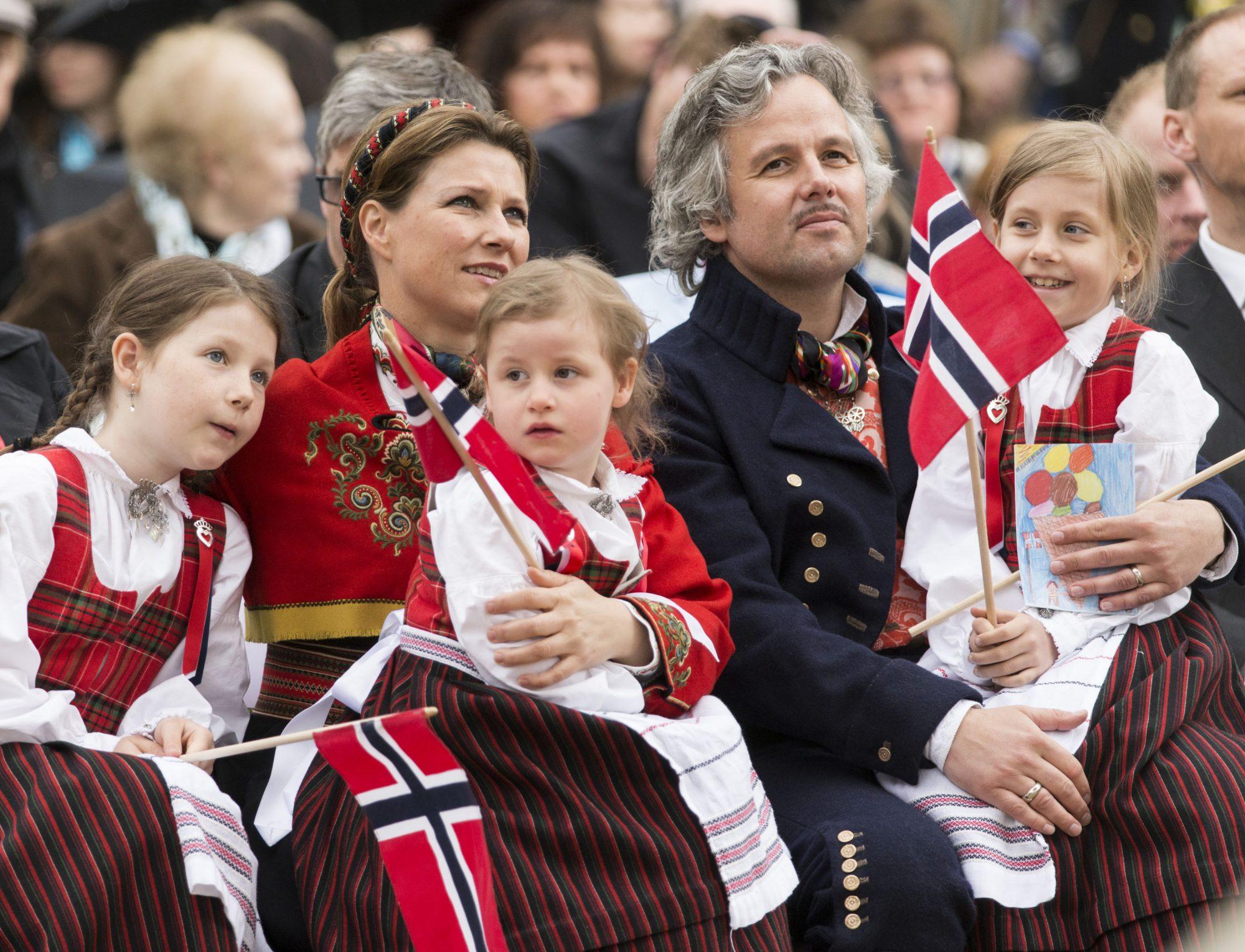 Marta Luisa de Noruega hijas