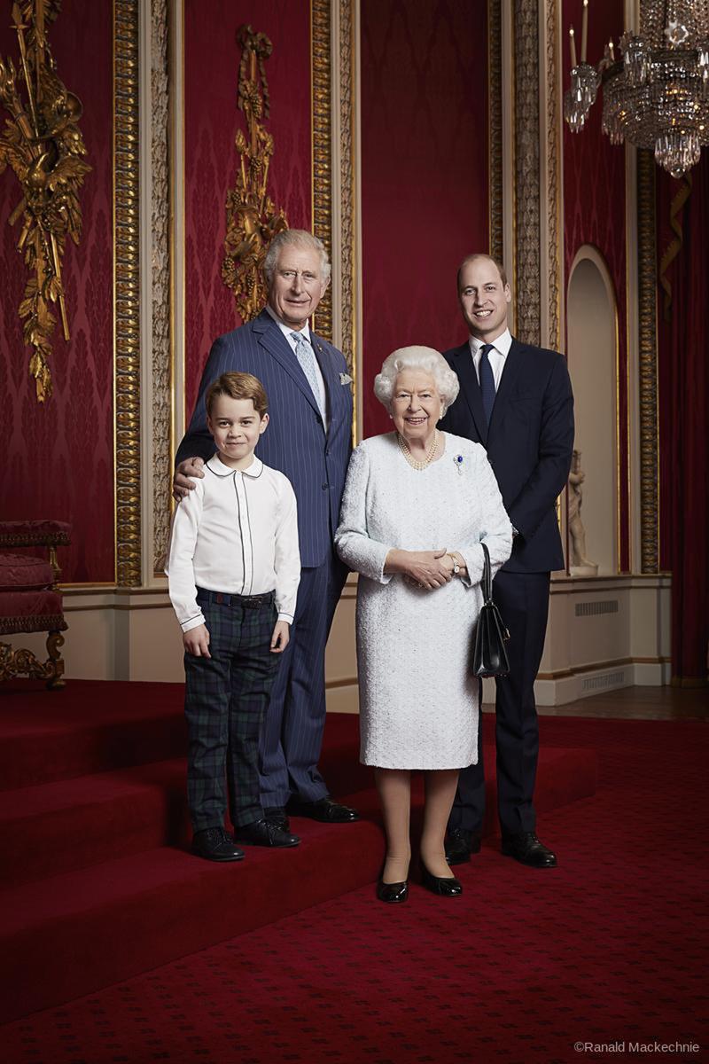príncipe George reina Isabel príncipe Carlos príncipe William retrato