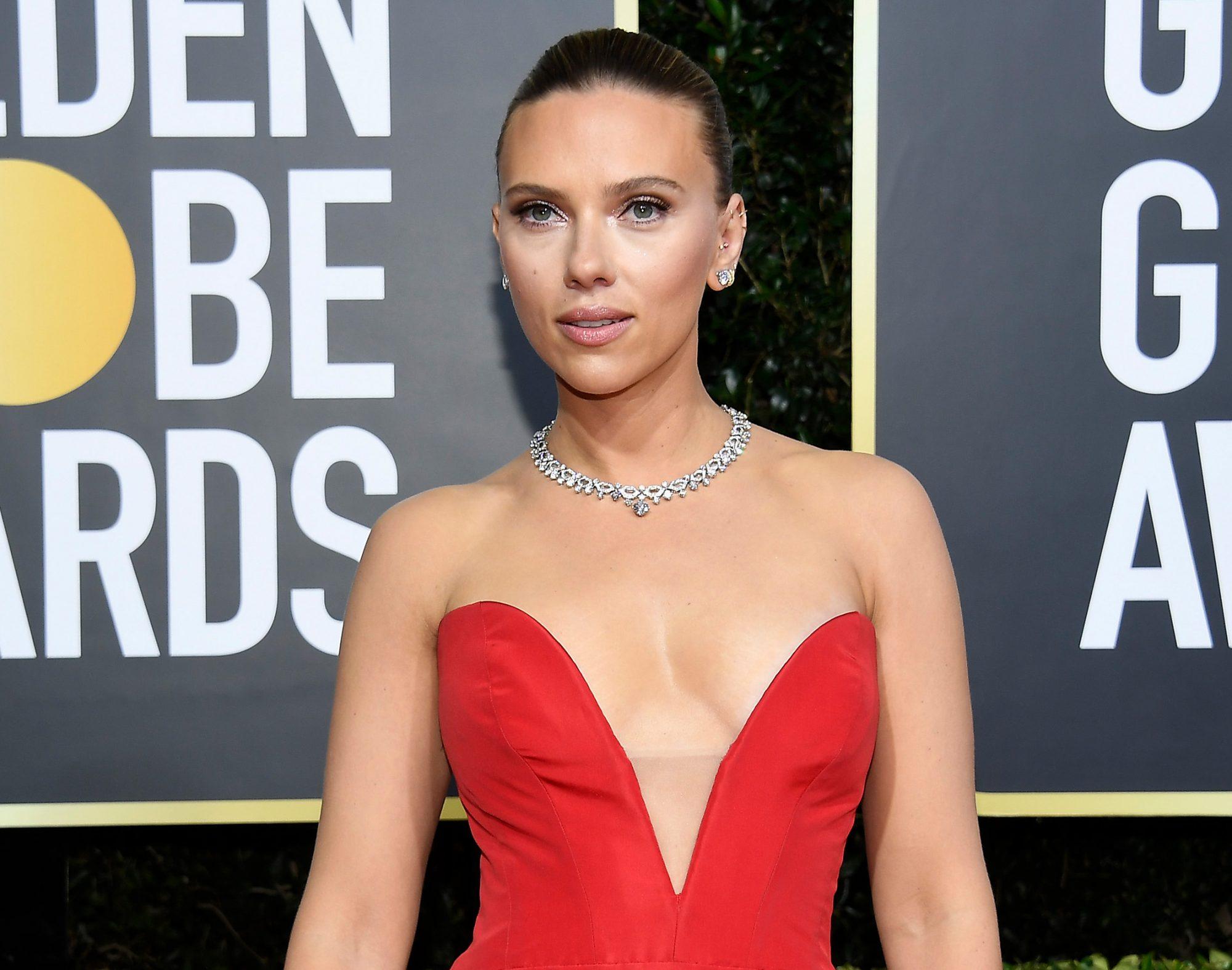 Scarlett Johansson, look, belleza, maquillaje, cabello, golden globes