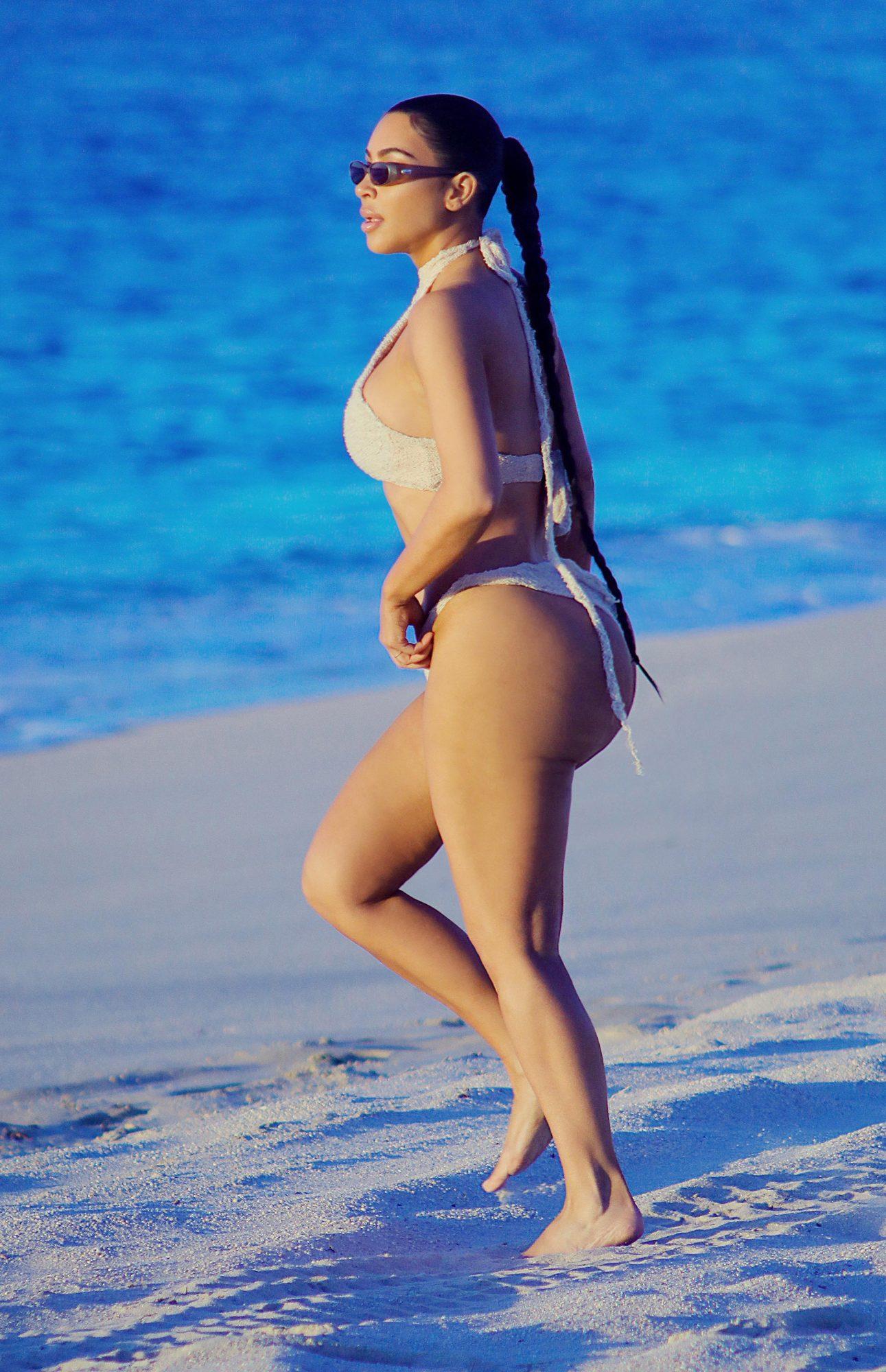 EXC Kim Kardashian