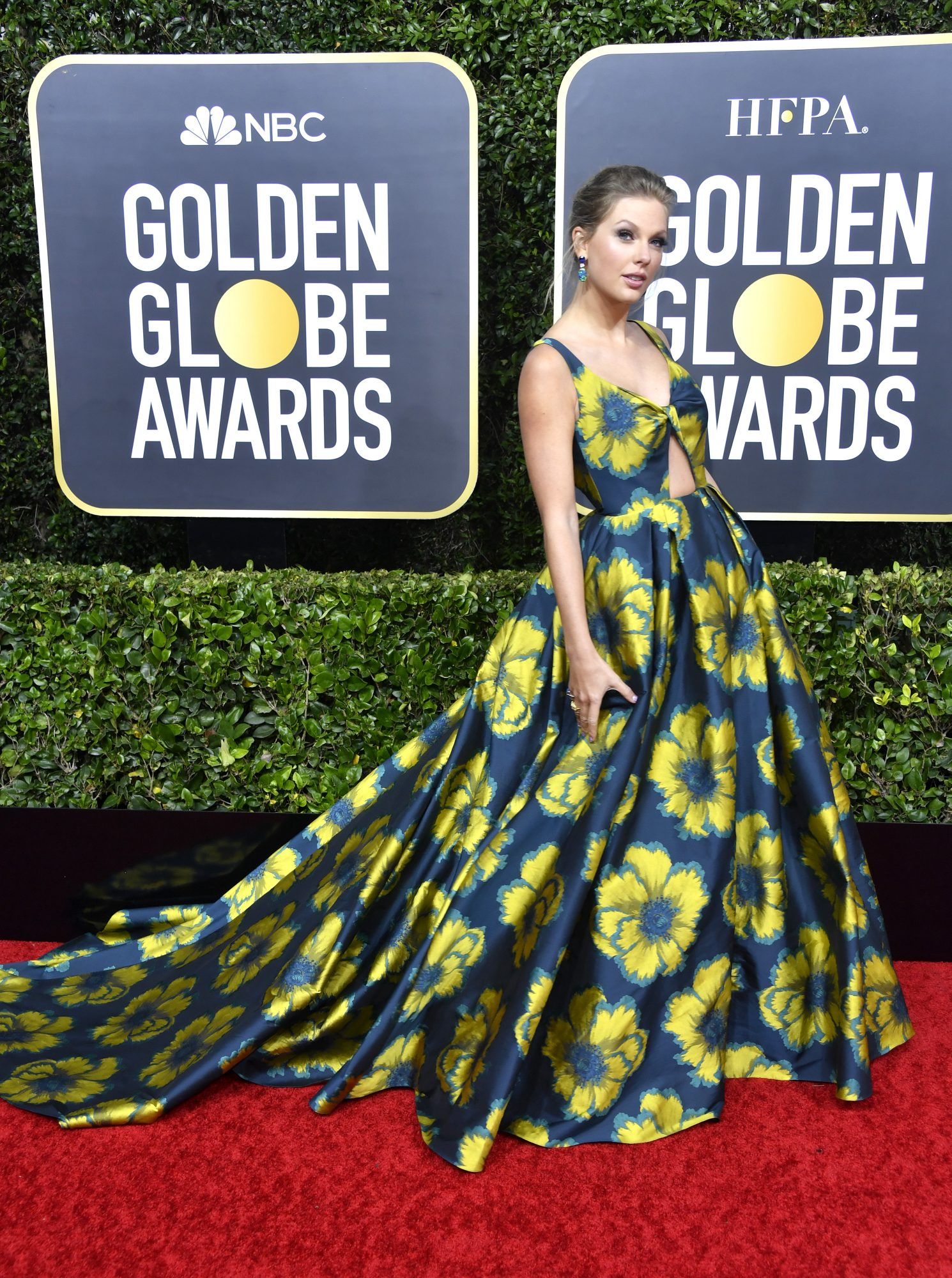 Taylor Swift, look, vestido, golden globes