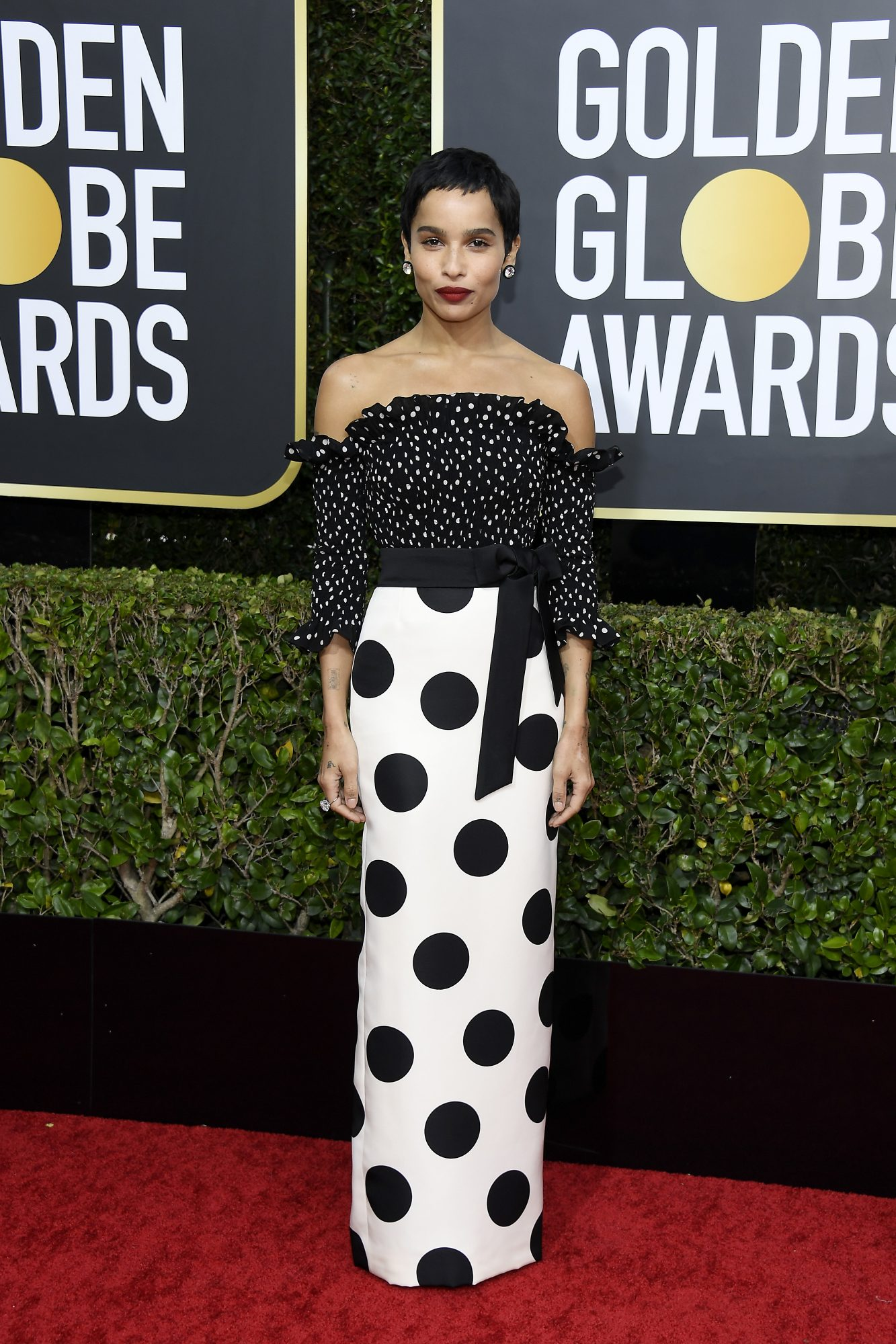 Zoe Kravitz, look, vestido, golden globes