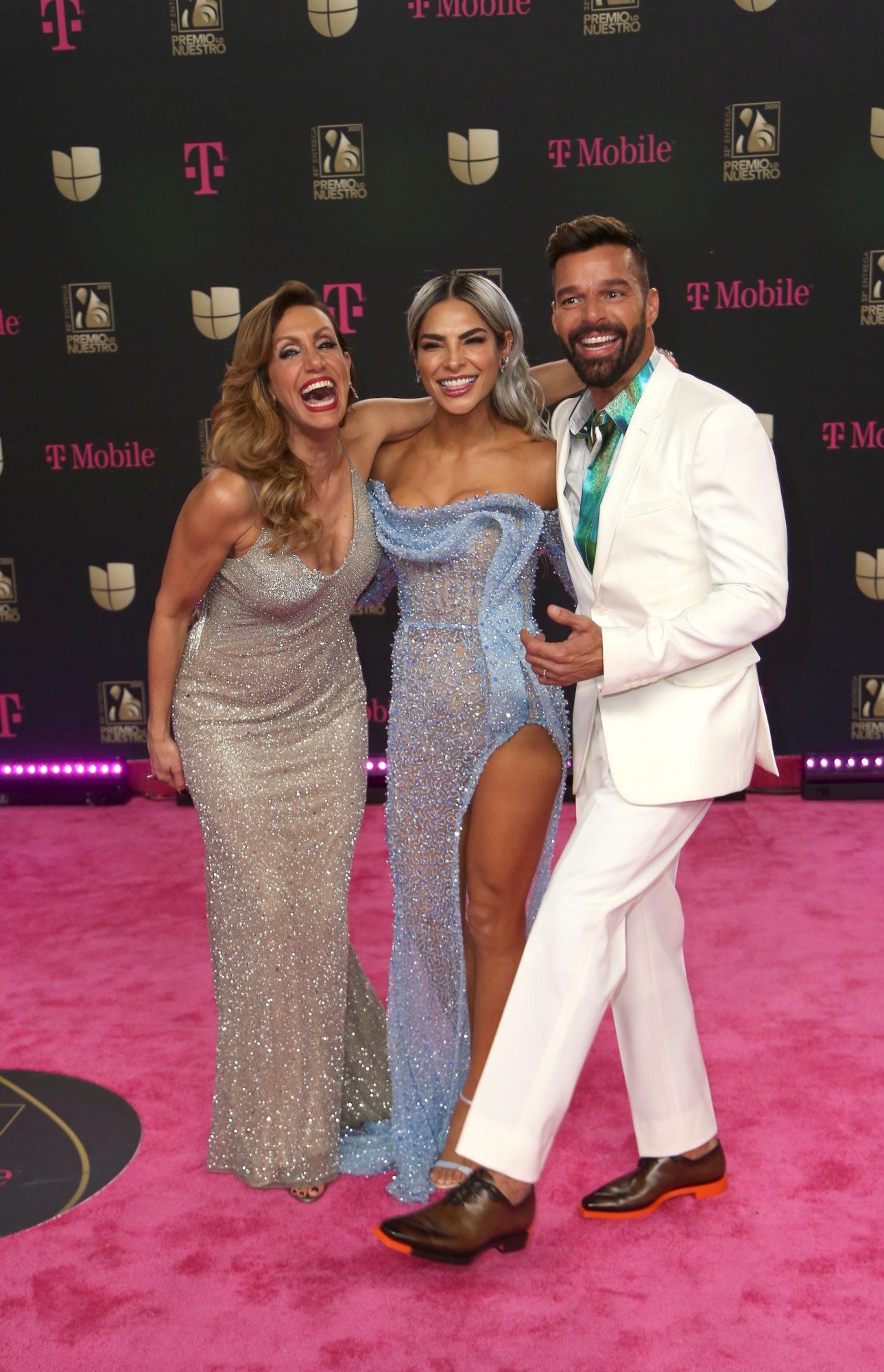 Lili Estefan, Alejandra Espinoza, Ricky Martin en la alfombra de la 32 entrega anual de Premio Lo Nuestro