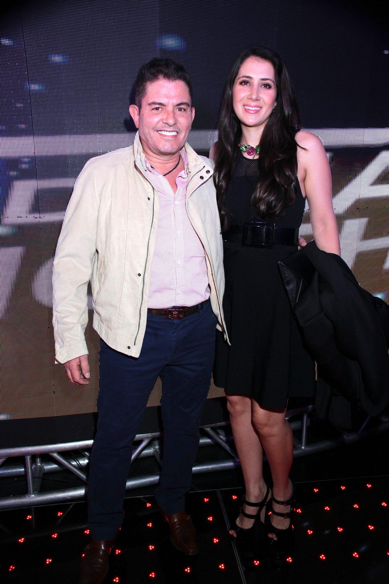 Ernesto Laguardia con su esposa