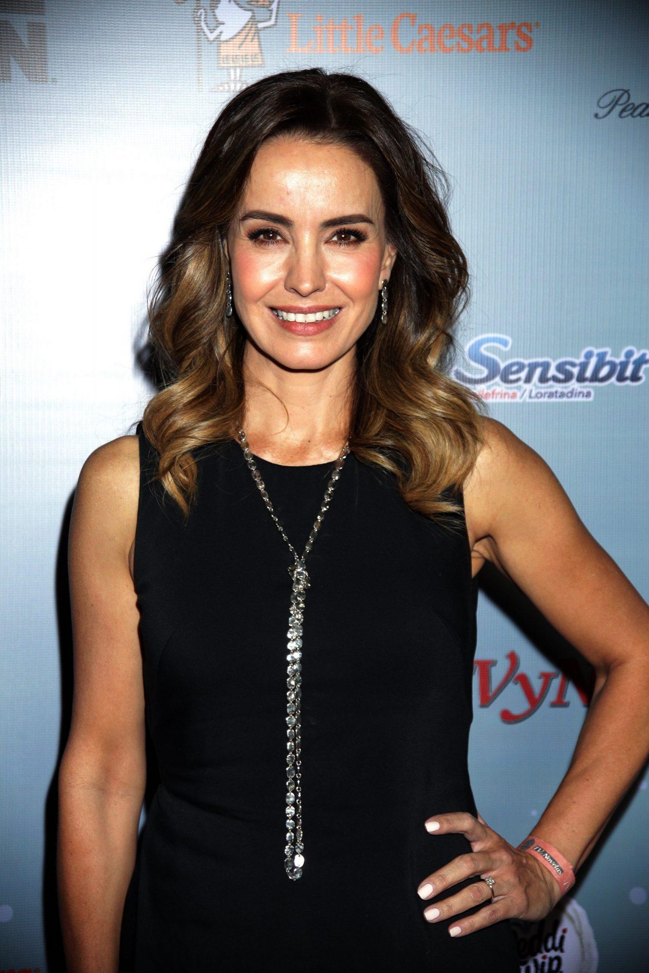 Alejandra Barros 7