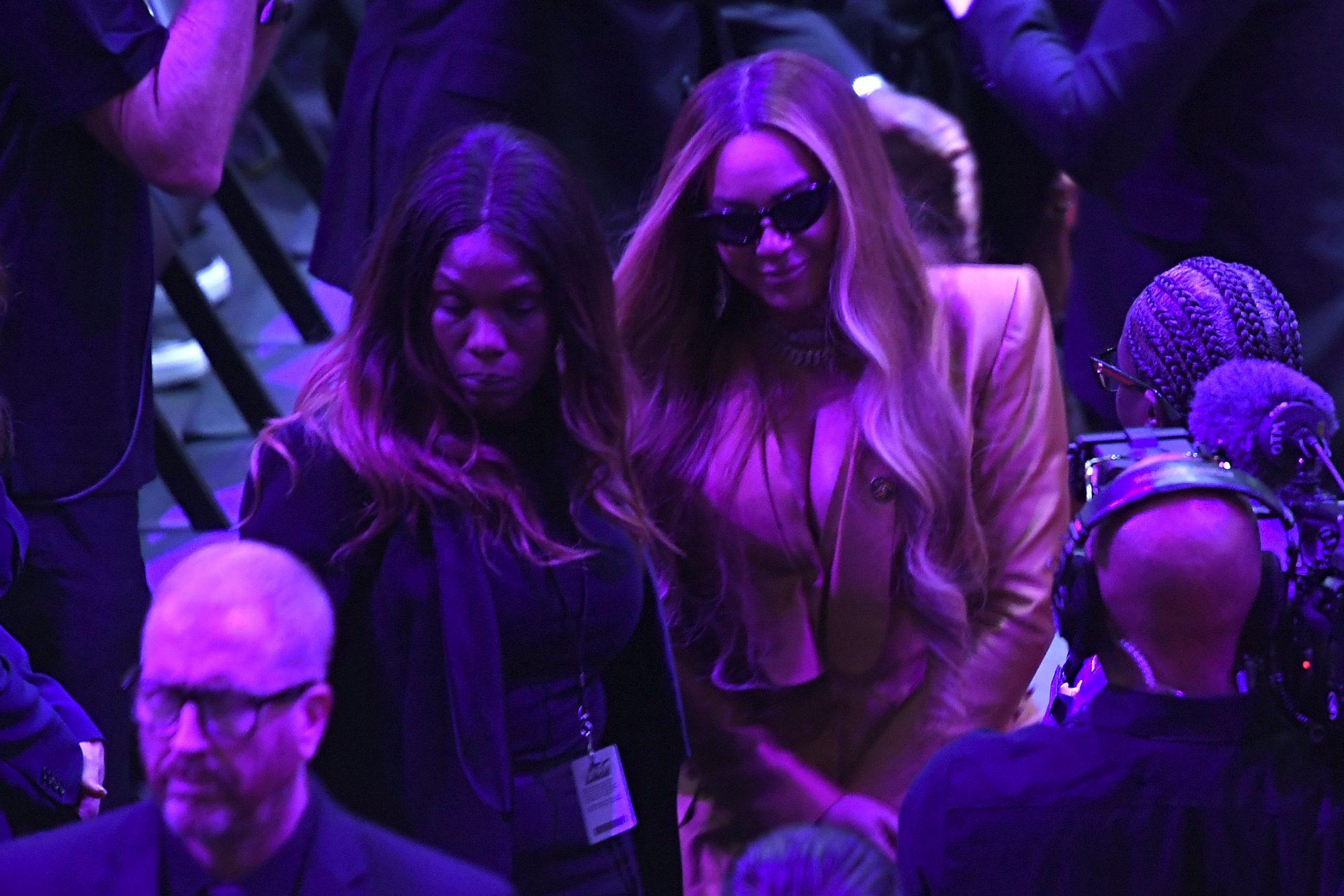Beyonce en el servicio de Kobe Bryant y su hija Gianna