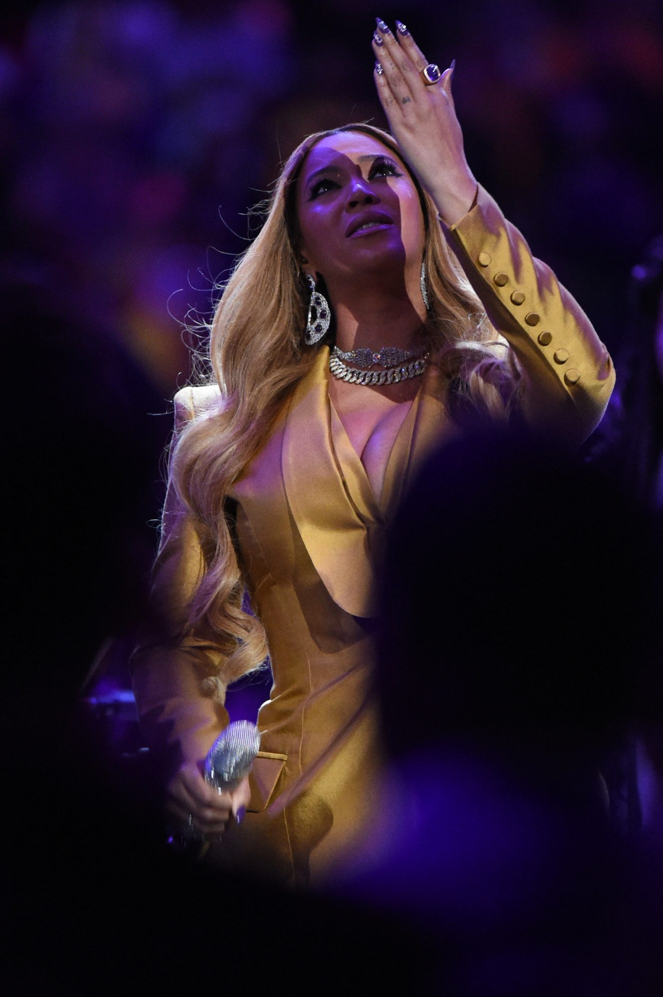 Beyonce performs during the Kobe Bryant Memorial Service on February 24, 2020 at STAPLES Center in Los Angeles, California. NOTE TO USER: User expressly acknowledges and agrees that, by downloading and/or using this Photograph, user is consenting to the terms and conditions of the Getty Images License Agreement. Mandatory