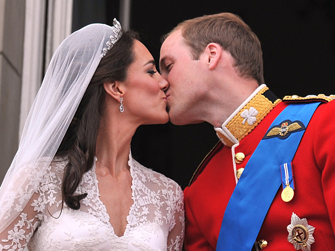 Prince William, Kate Middleton, Besos 2012