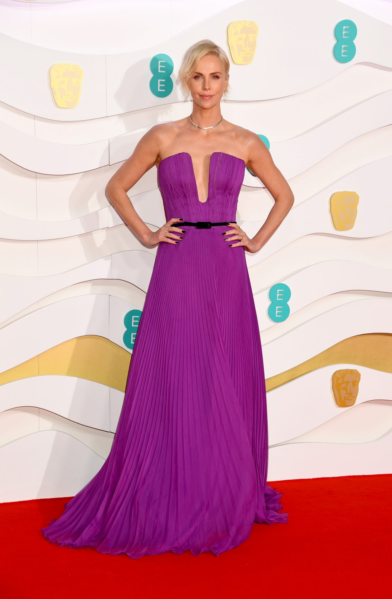 Charlize Theron, looks