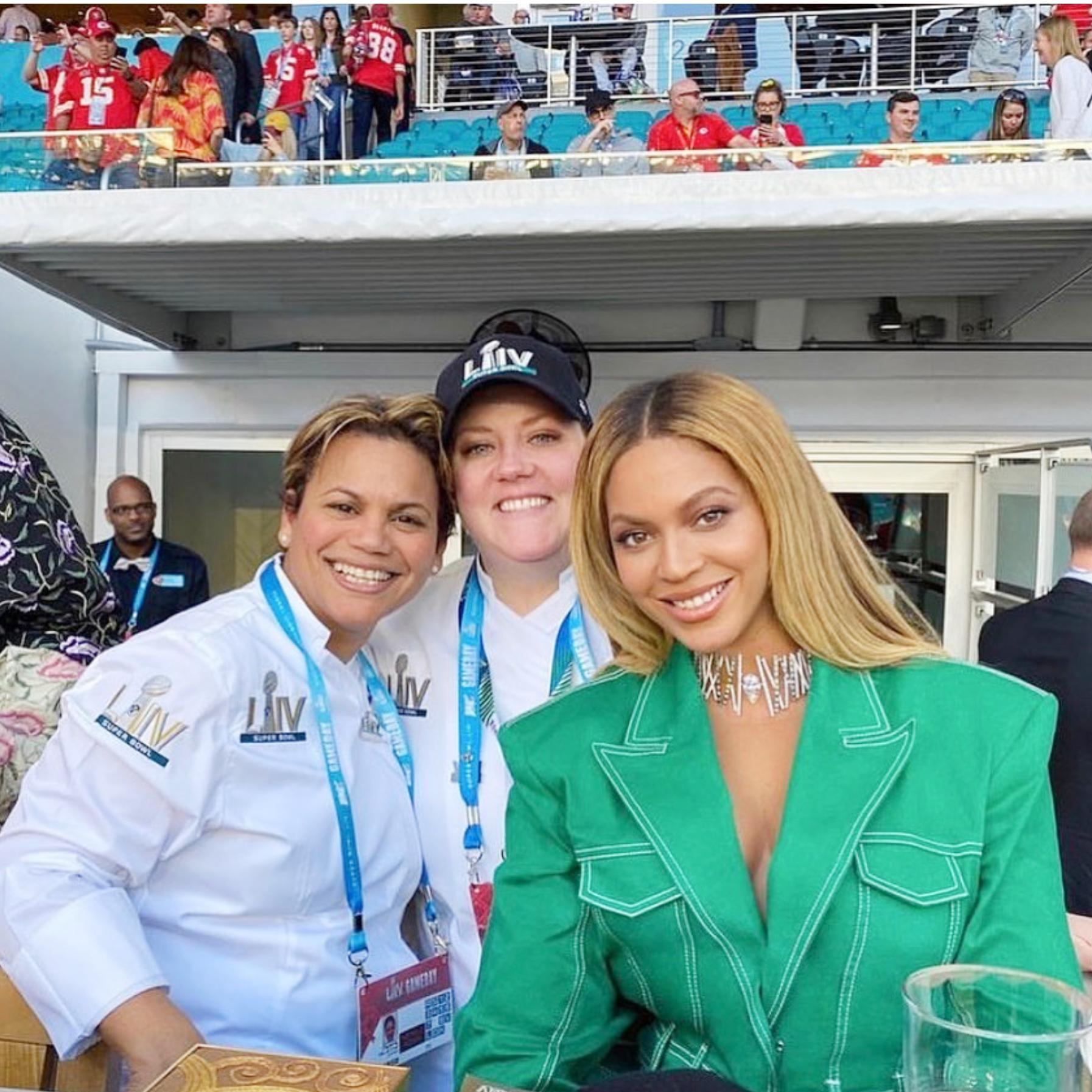 Chef Dayanny de la Cruz con Beyoncé