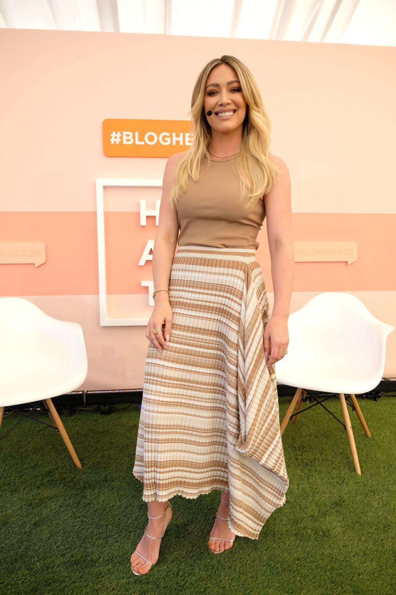 Hilary Duff, looks
