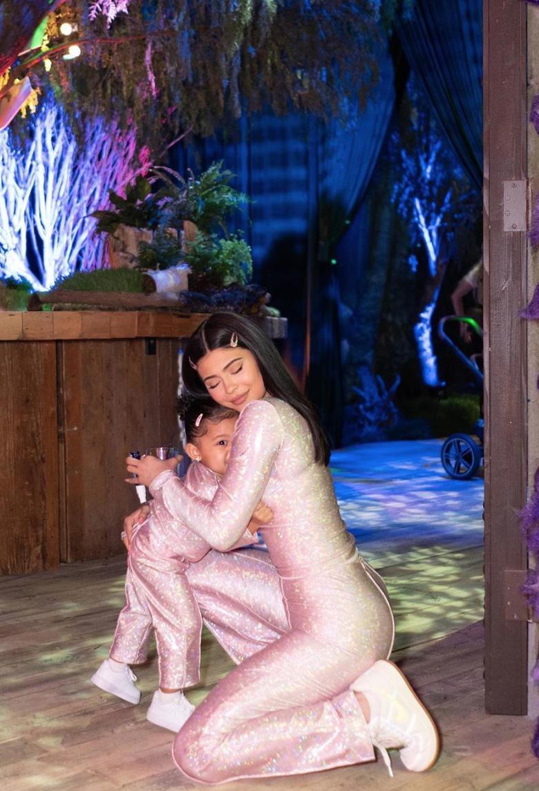 Kylie Jenner con su hija