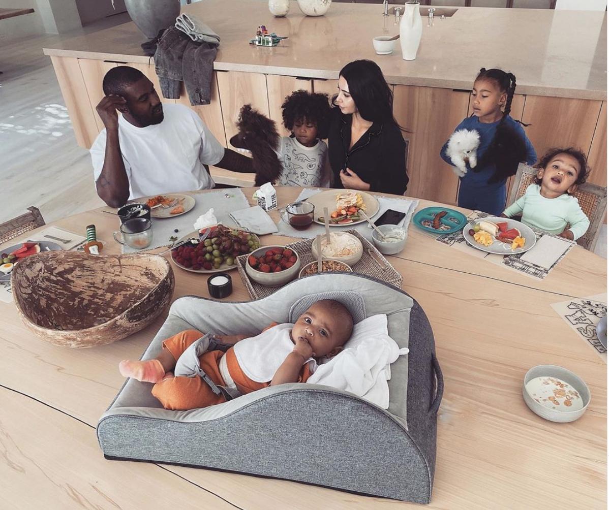 Kim Kardashian West en su casa