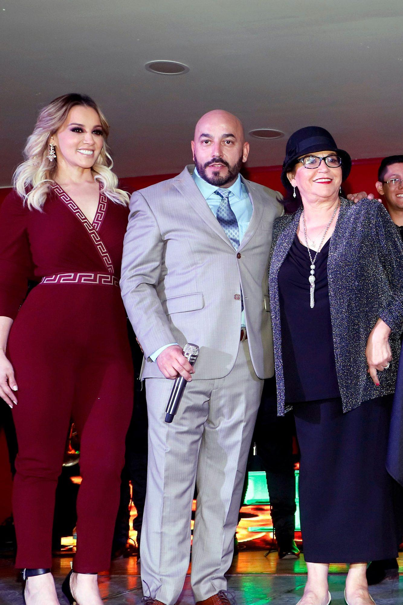Lupillo Rivera celebra sus 20 años de carrera