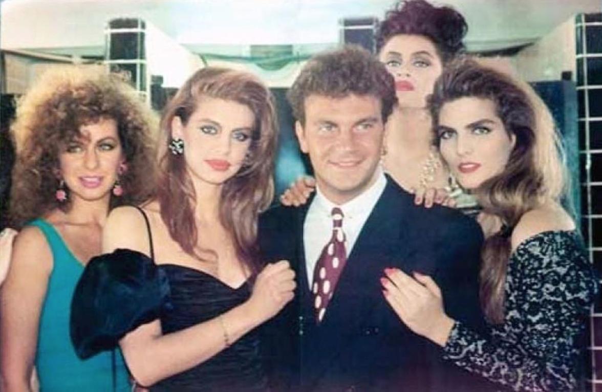 Montserrat Oliver con sus amigos