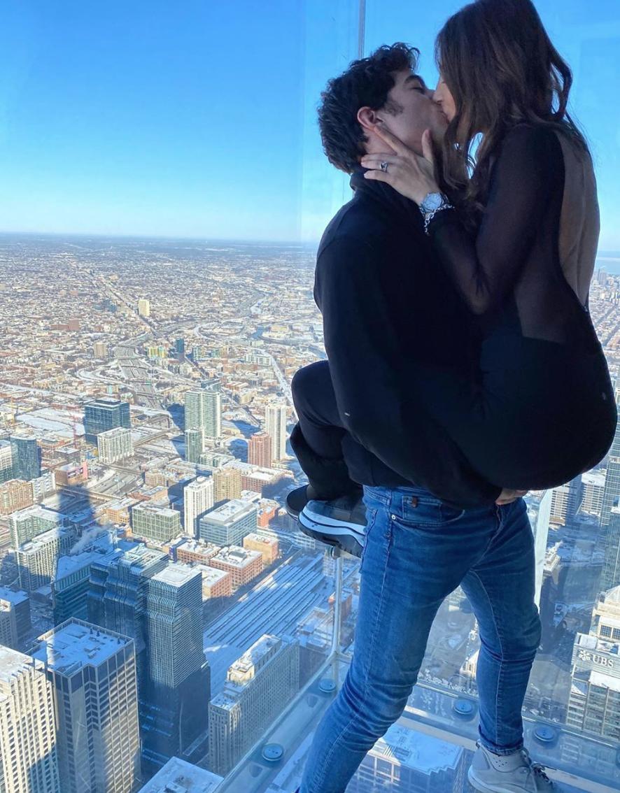 Michelle Renaud y Danilo Carrera en Chicago
