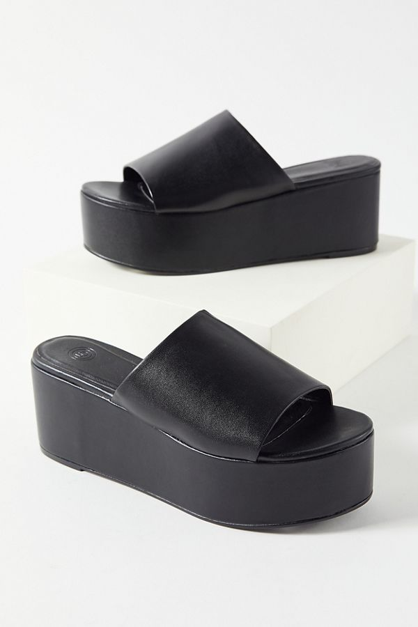 uo angie platform sandal