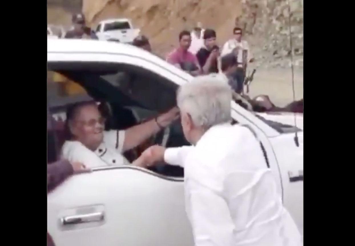 andrés Manuel López Obrador, Madre Chapo Guzmán