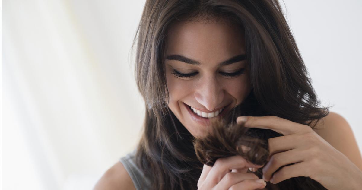 Cómo cubrir las canas del pelo en casa
