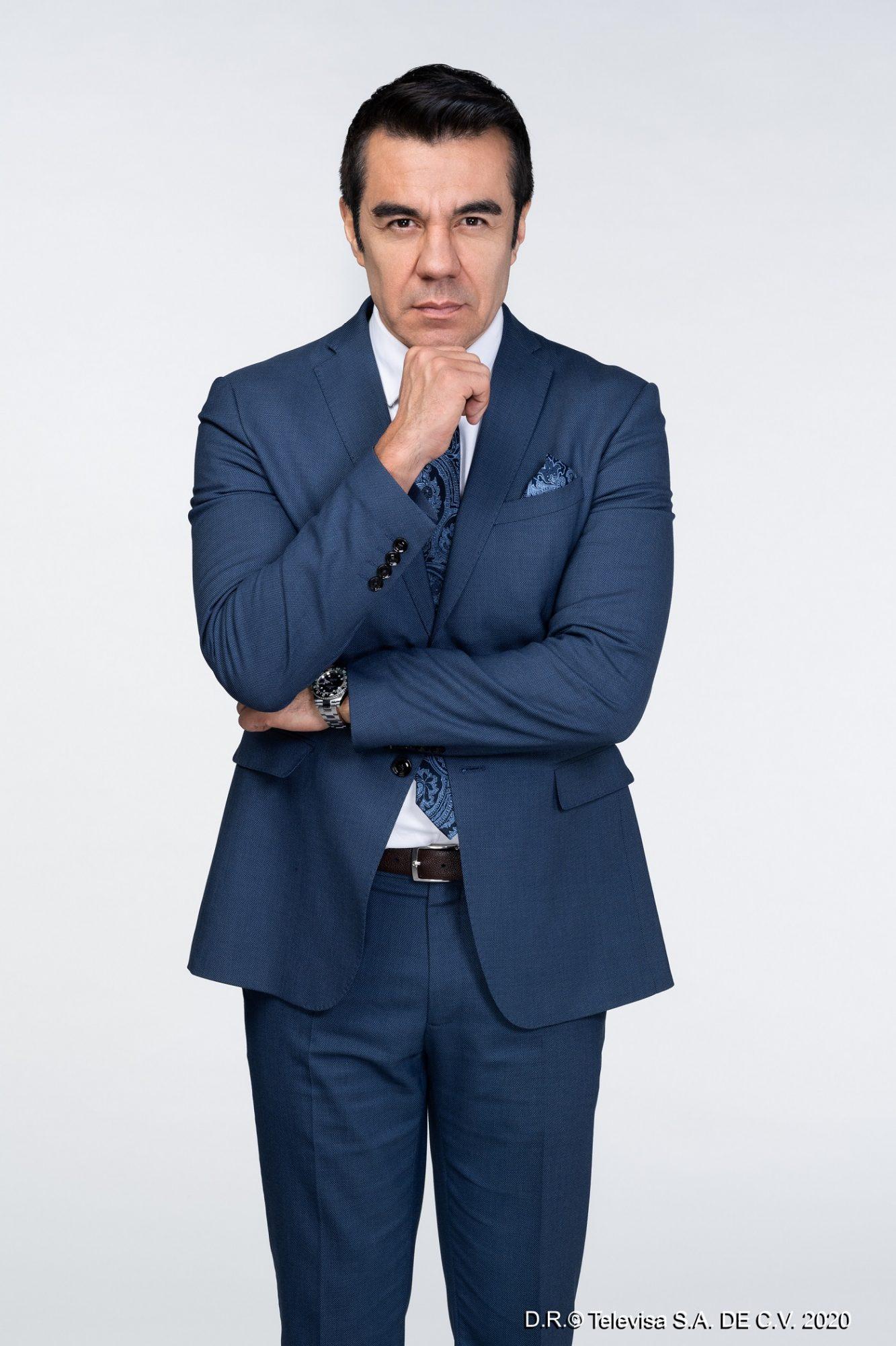 Adrián Uribe 2