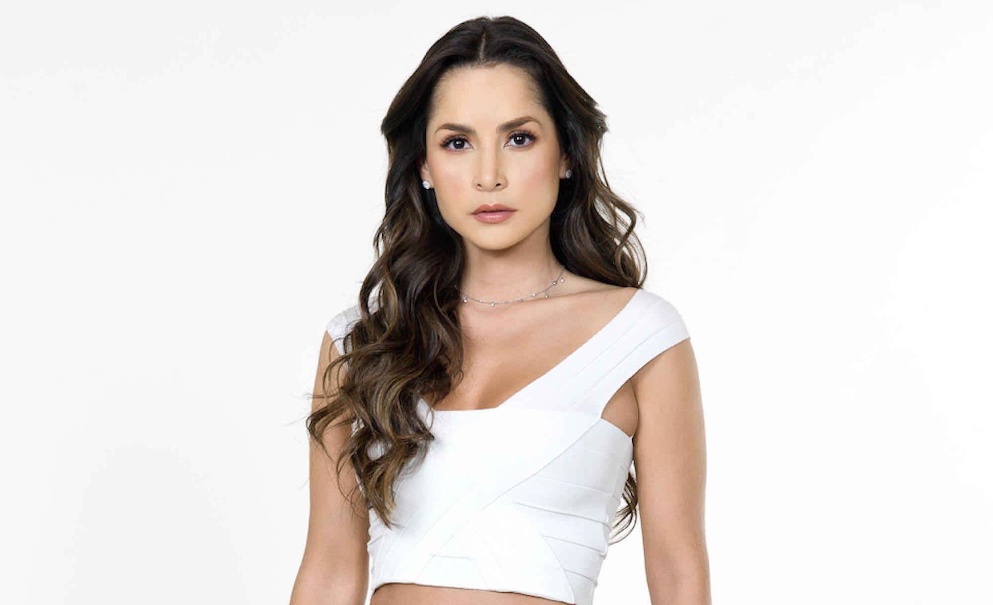 Carmen Villalobos 22