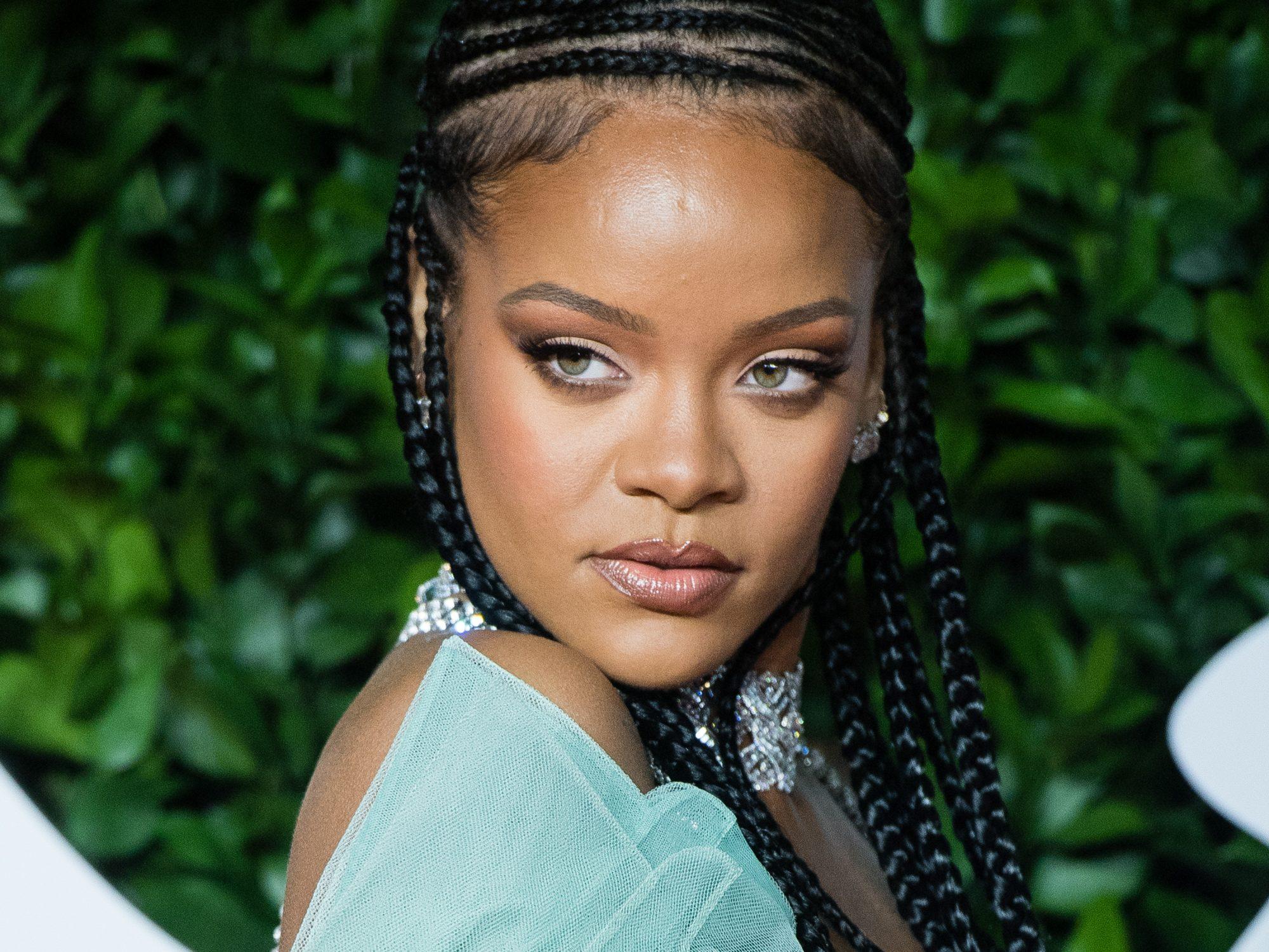 Rihanna maquilaje