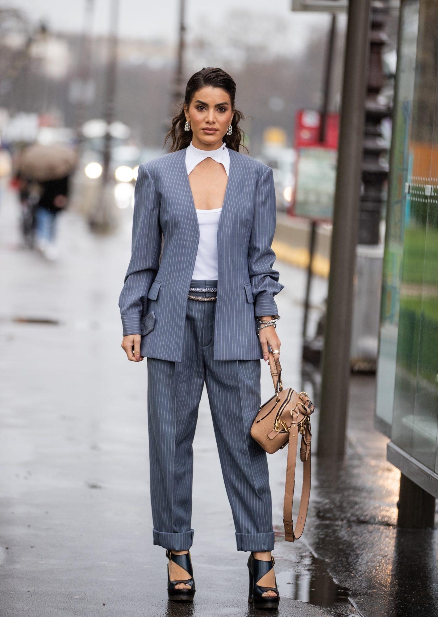Street Style  - Paris Fashion Week - Womenswear Fall/Winter 2020/2021 : Day Four