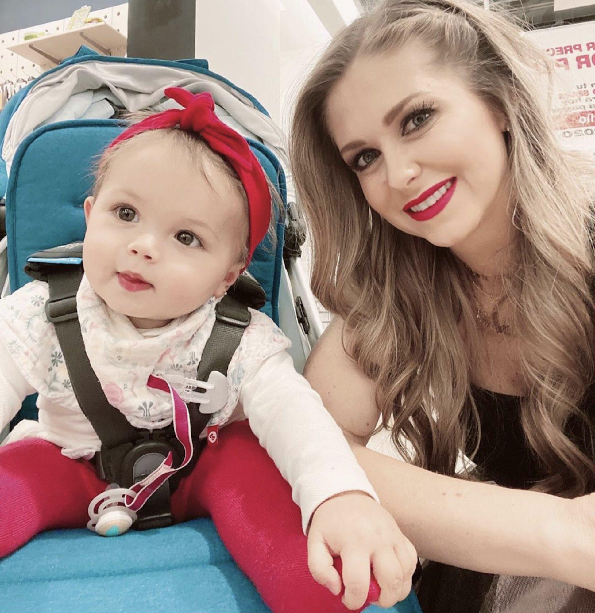 Ingrid Martz y su hija