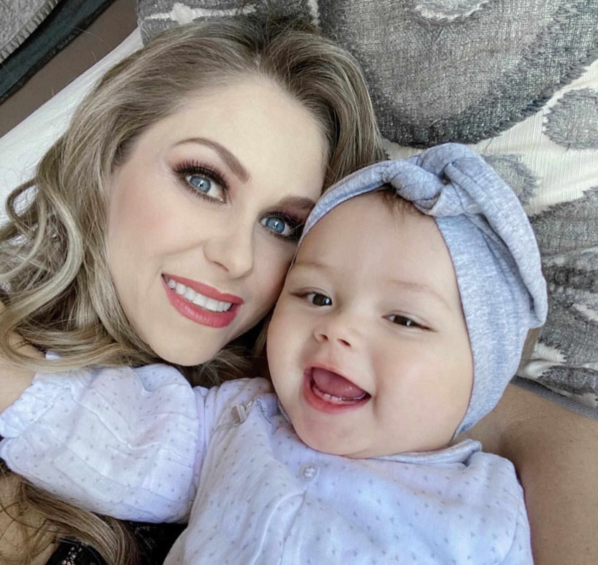 Ingrid Martz y su hija Martina