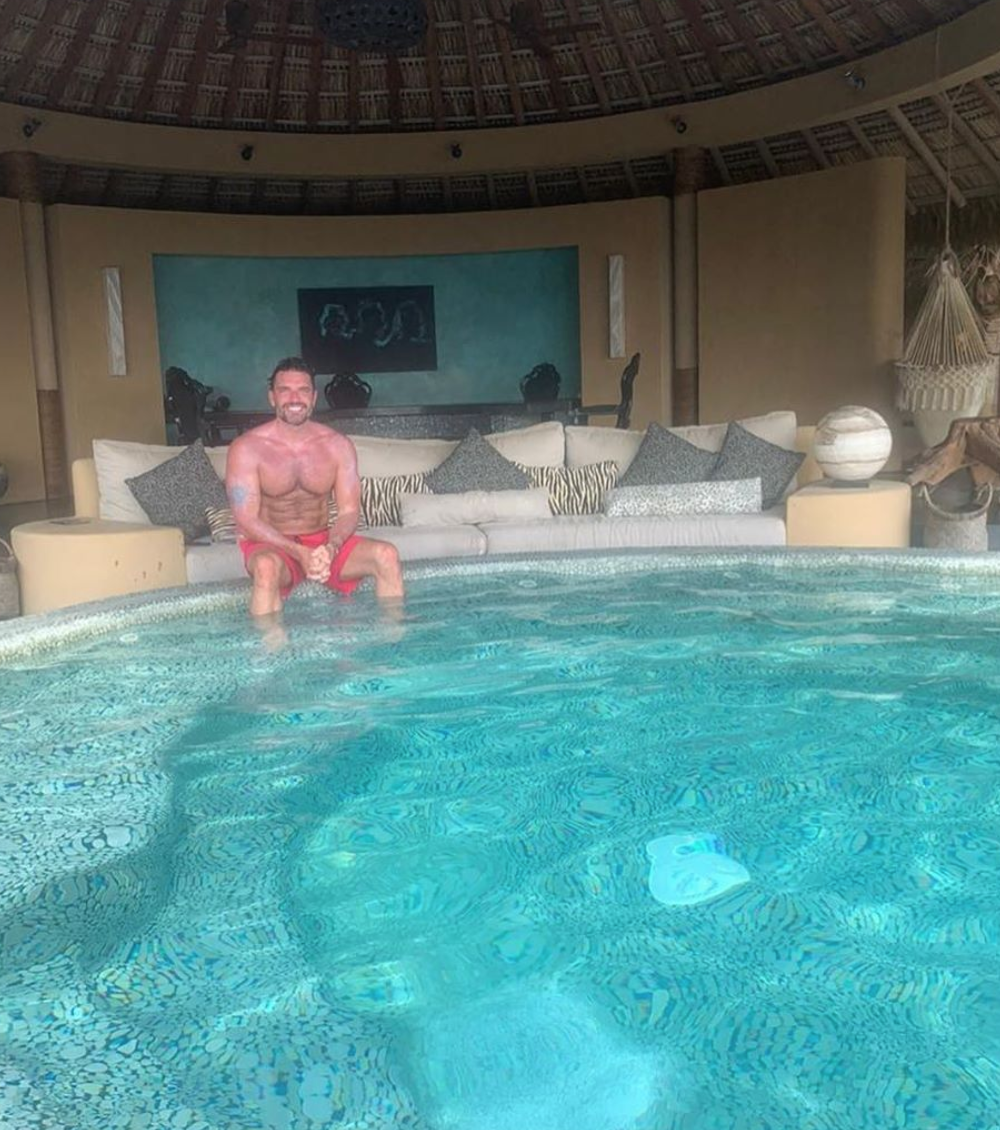 Julián Gil de vacaciones en Mexicó