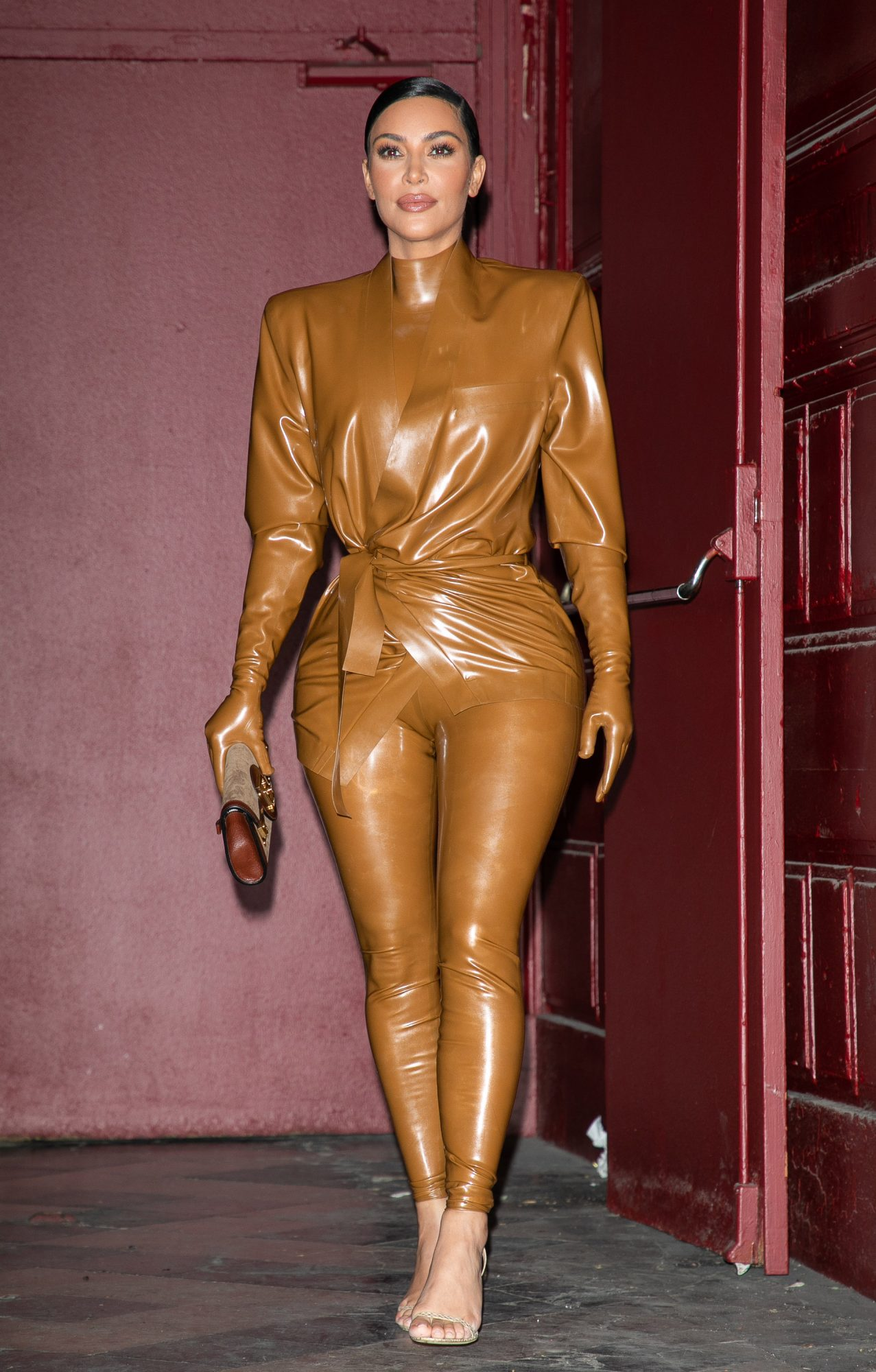 Kim Kardashian, looks, Paris, Balmain