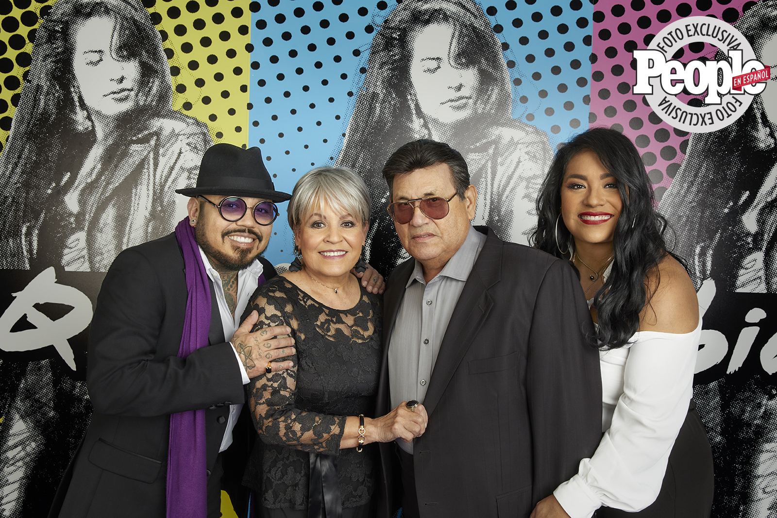 Selena familia - April 2020 cover