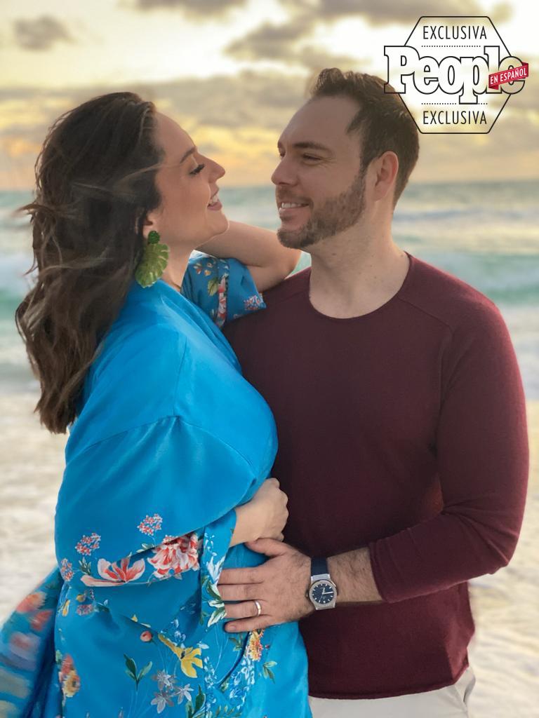 Michelle Galván y su esposo