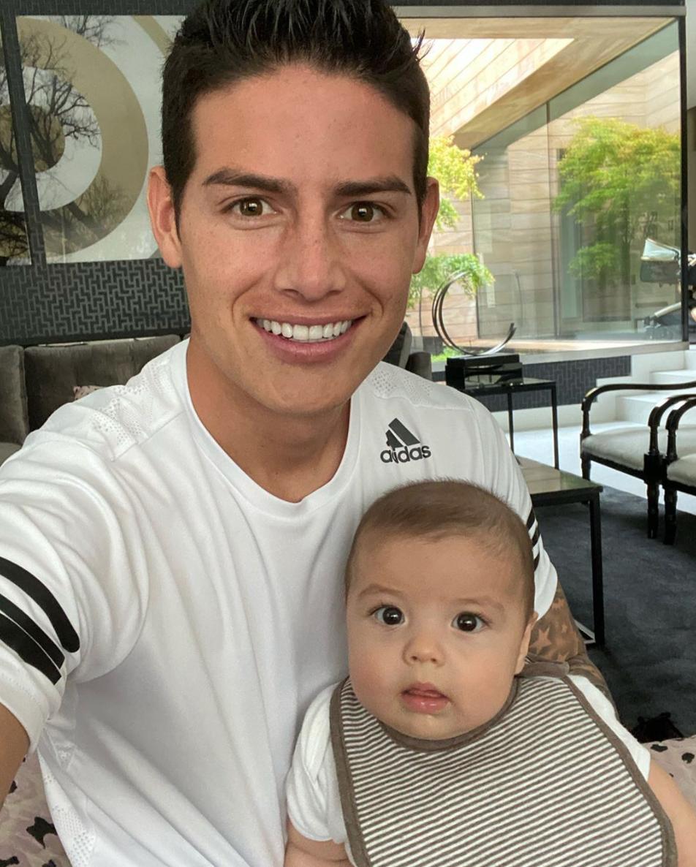 James Rodriguez con bebe