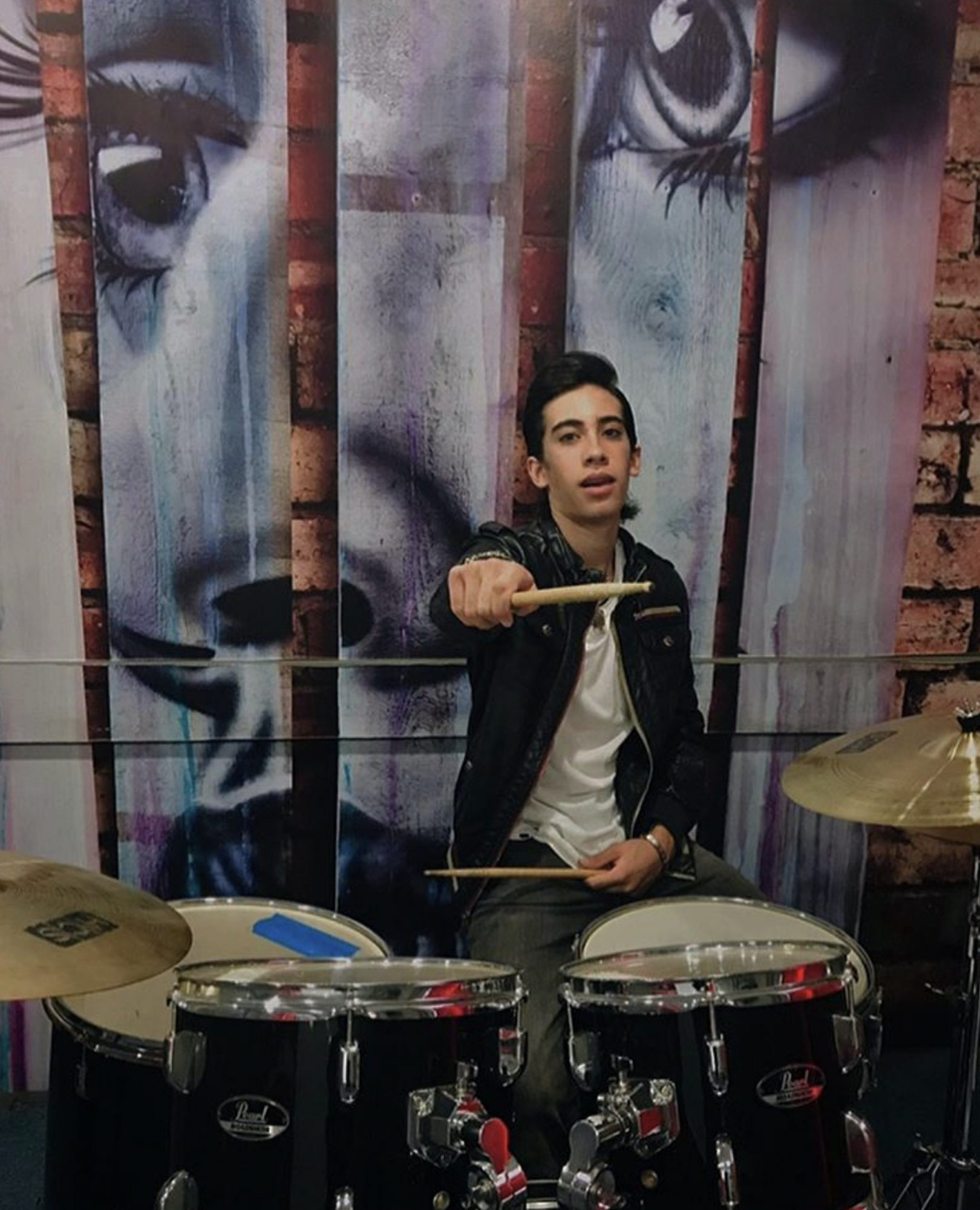 Santiago Torres 10